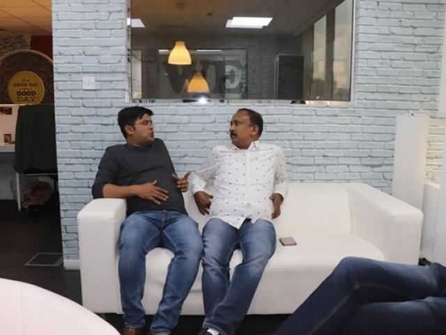 Ameer Ali with Santhosh Kuruvila