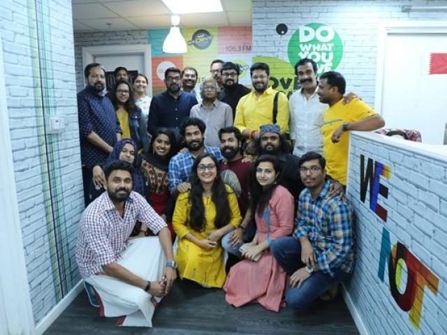 Radio Suno 91.7FM team with Sreekumaran Thampi and Hridayaragam season 5 team